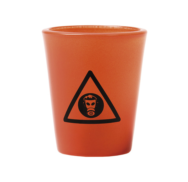 shotglas-toxic-1.jpg